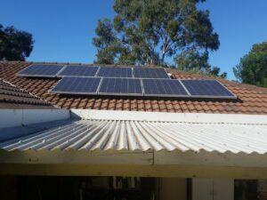 Panneaux solaires en surimposition toulon artsan rge