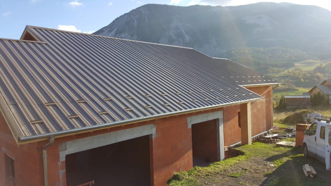 panneaux solaires à la garde dans le var