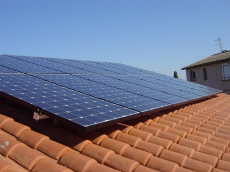 artisan pour panneaux solaire dans le var